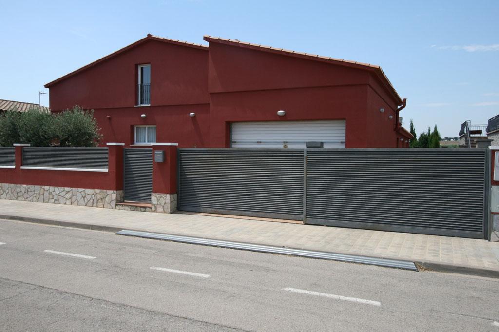 Ref. 66 – Casa unifamiliar Zona Estació AVE