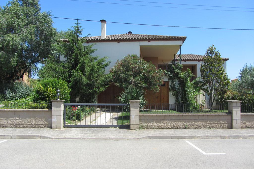 Ref. 73 – Casa unifamiliar al centre del poble