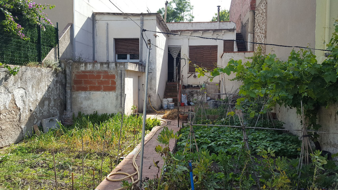 Ref. 27 – Casa amb jardí per reformar